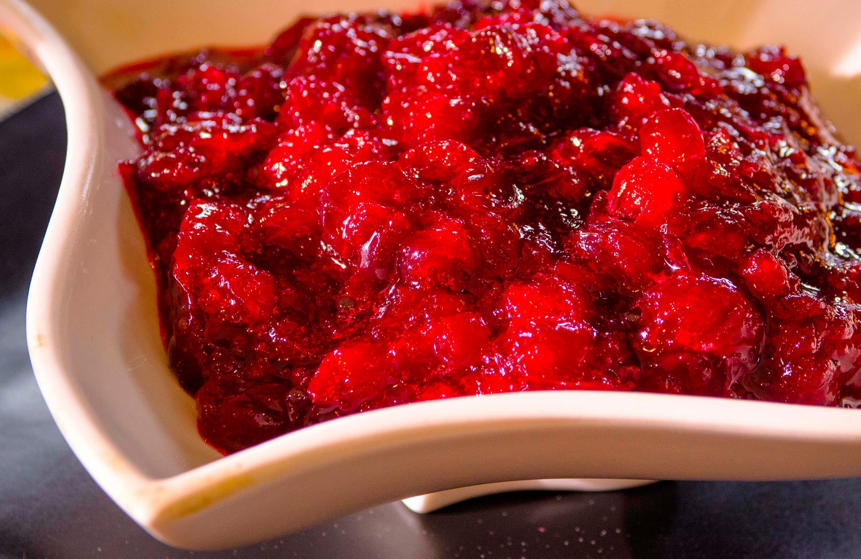 Thanksgiving Recipes : Cranberry Sauce Recipe | Qtiny.com