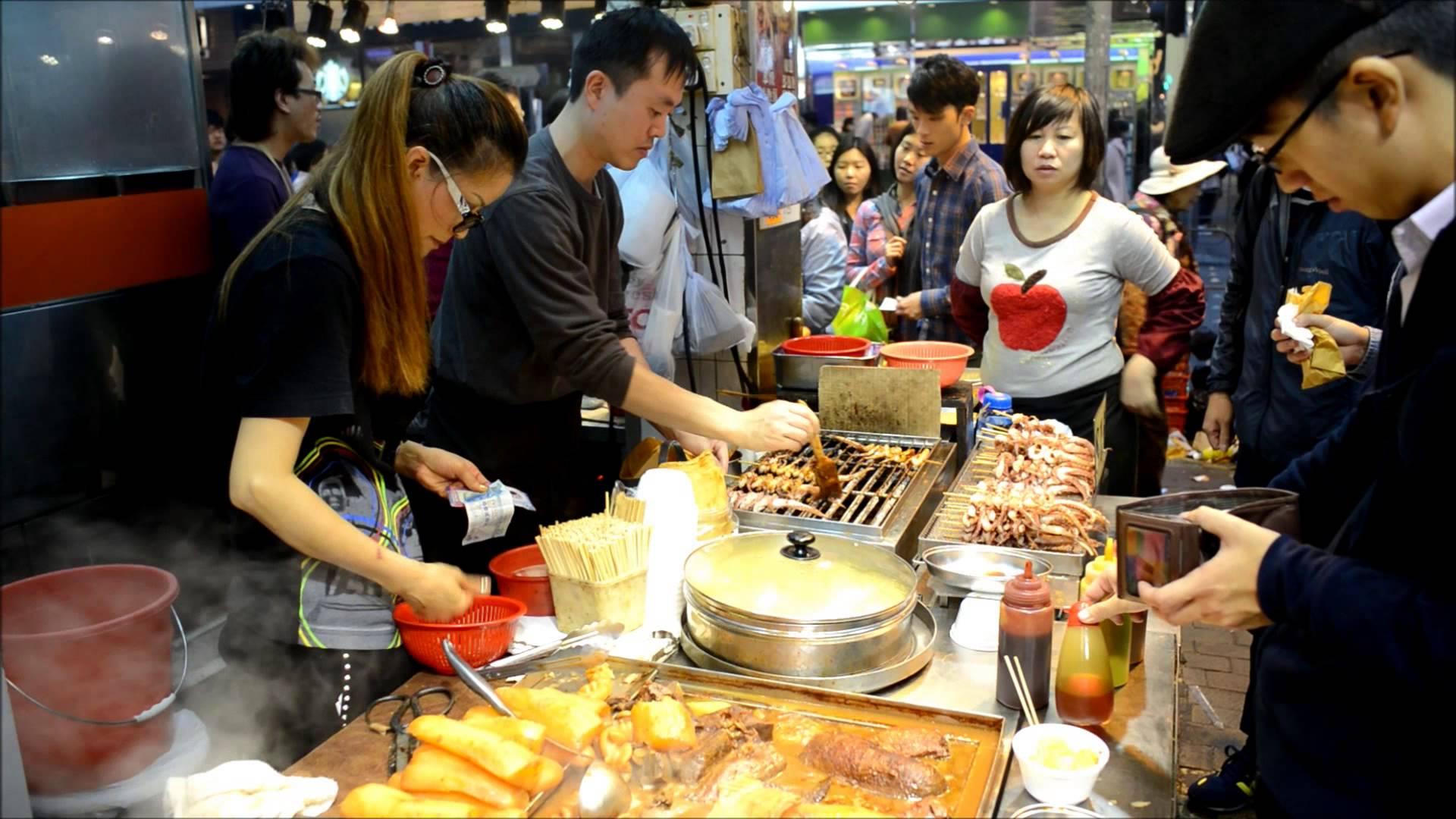 Hong Kong Street Food in Mong Kok Street Stall Dai Pai Dong  Qtiny