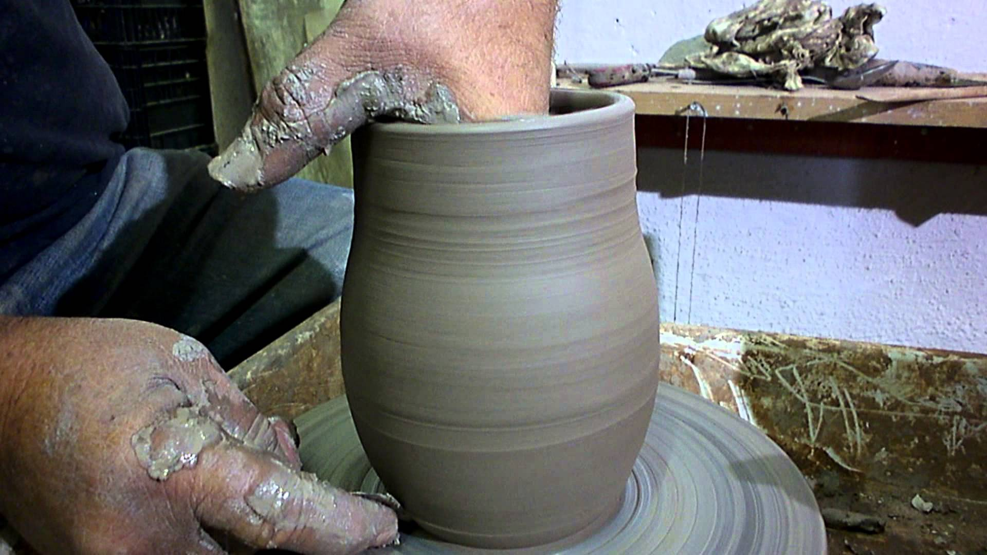 Pottery For Beginners How To Make A Vase Ep 03 Qtiny Com